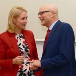 Manuela Schwesig und Erwin Sellering im Gespräch