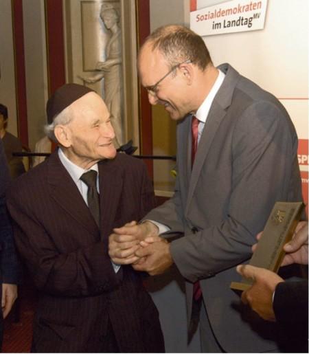 Stelling-Preis-Verleihung an Rabbi Wolff