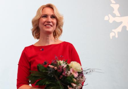 Manuela SChwesig nach Ihrer Wiederwahl zur Landesvorsitzenden